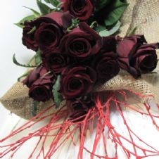 Bouquet of 30 Red roses / Μπουκέτο με 30 κόκκινα τριαντάφυλλα